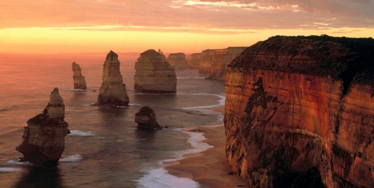 10 Great Reasons to Visit Australia