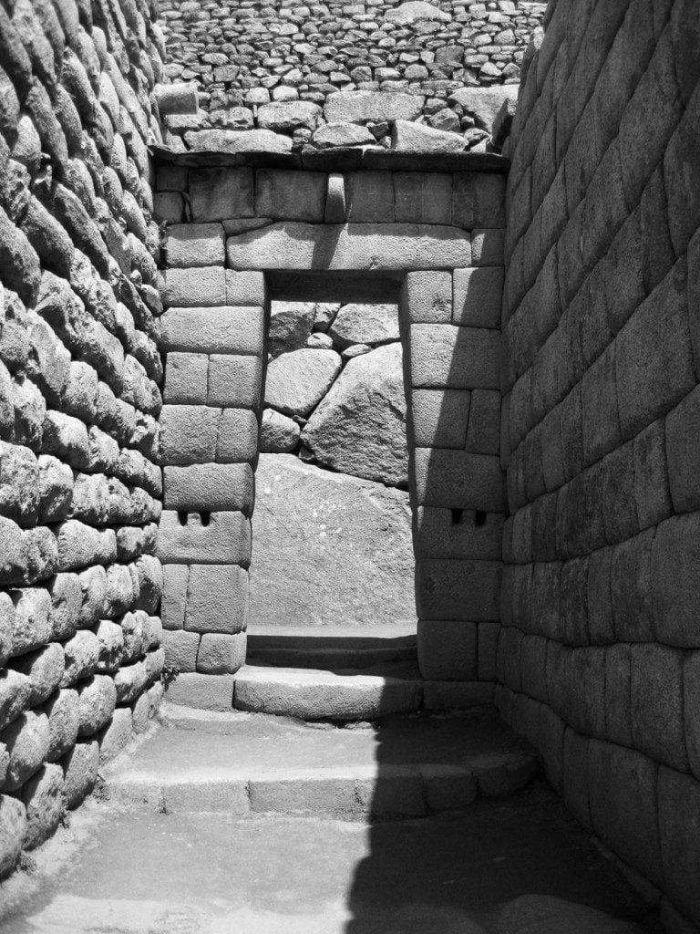 The Incas in Peru Essay