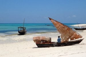 Weekly Snapshot: Traditional Dhow Boat