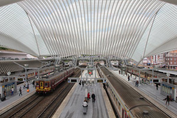 how to use eurail pass to book trains