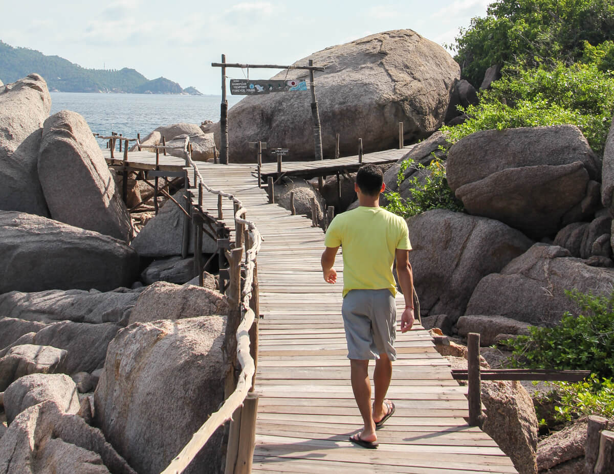 The beginning of the viewpoint trail in Koh Nang Yuan