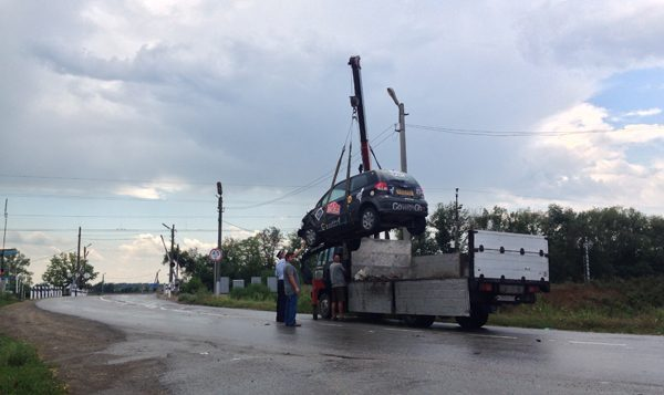 Lifting the car in Russia