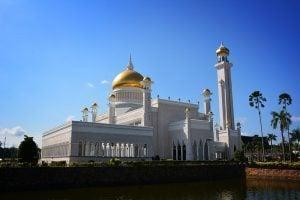 Snapshot: Sultan Omar Ali Saifuddien Mosque in Brunei