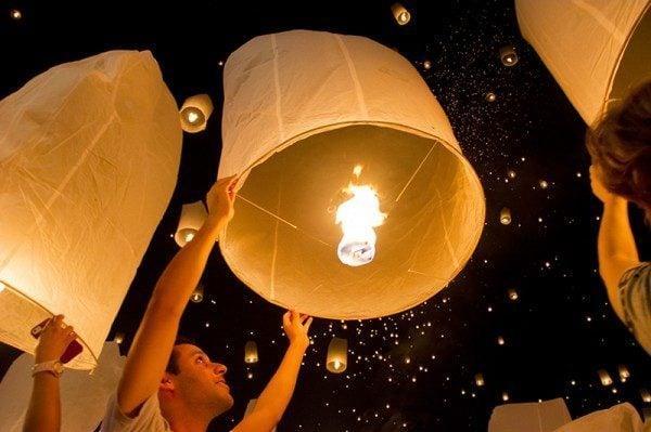Yi Peng Lantern Festival in Chiang Mai, Thailand