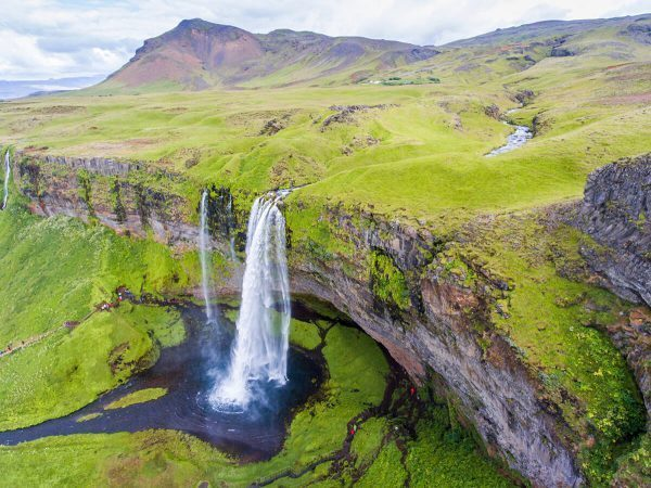 How To Plan The Ultimate Budget Road Trip in Iceland 1