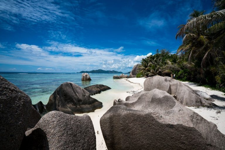 How To Travel The Best Of Seychelles On A Budget