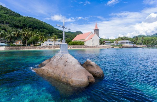 A cross at sea, Seychelles