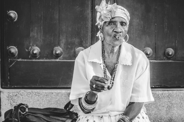 Cigar Lady in Havana