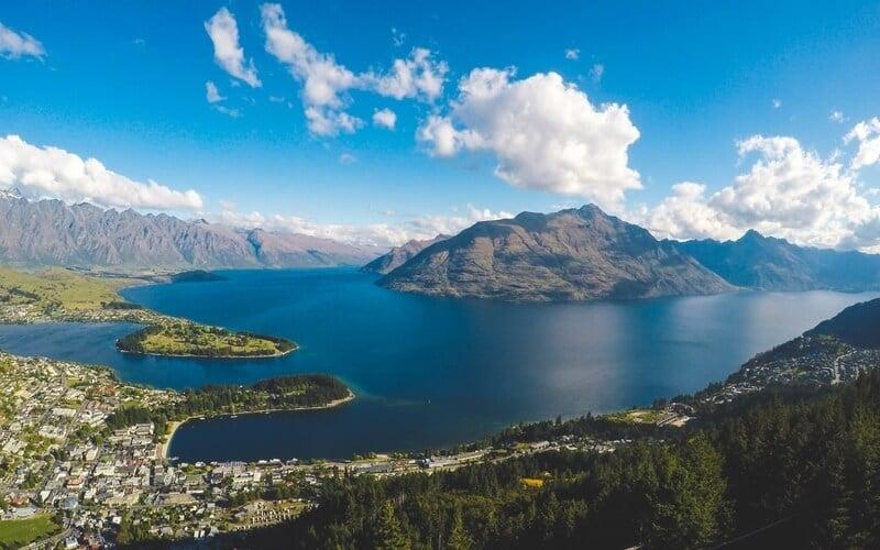 Lake in NZ
