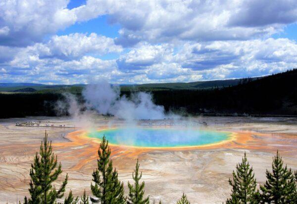 Yellowstone Hot Spring, Wyoming